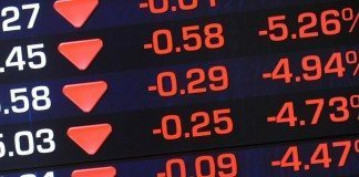 Markets extend losses