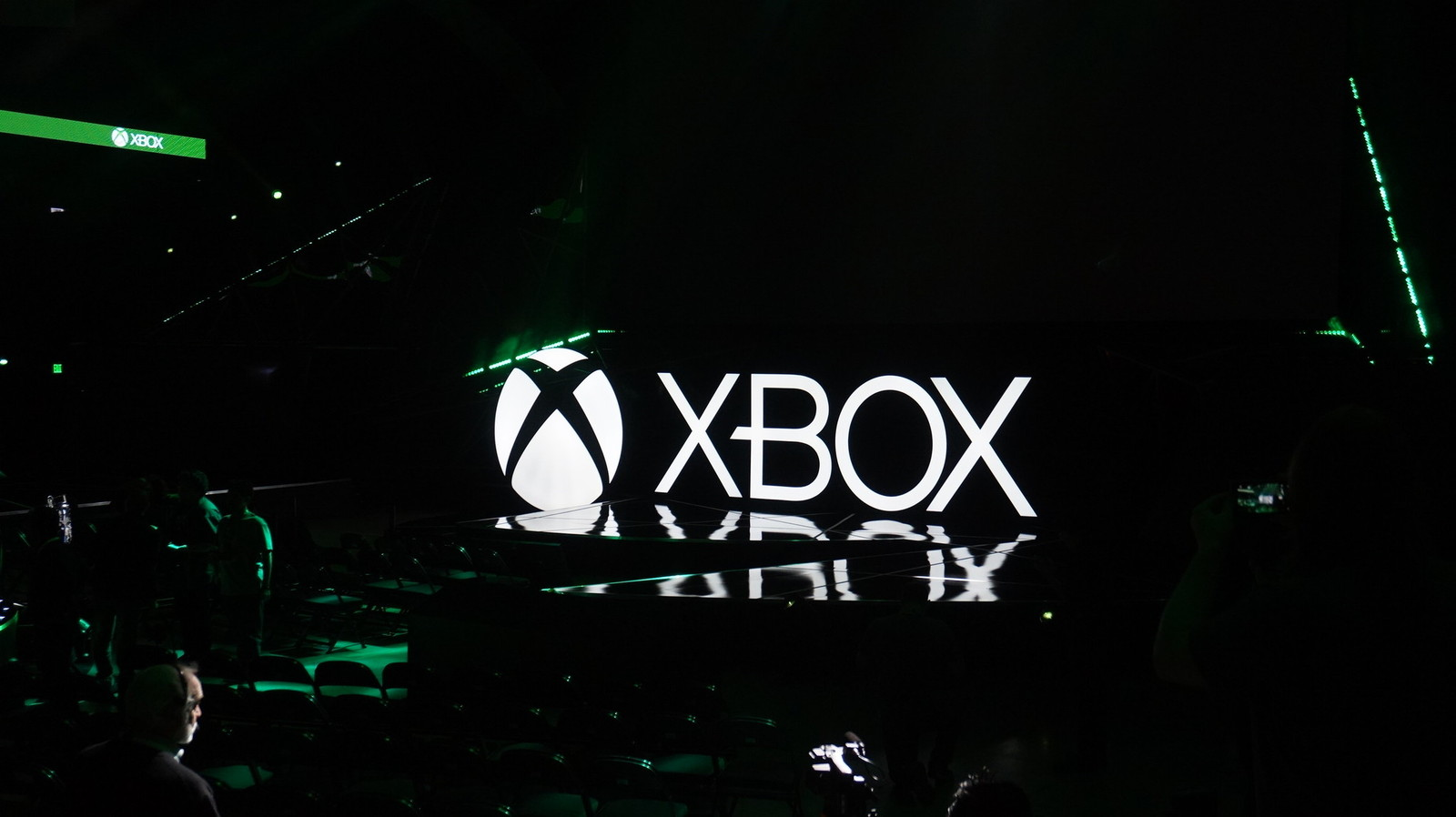 Is microsoft adding mouse and keyboard support to xbox one for Support mural xbox one